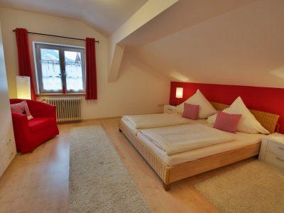 Ferienwohnung D - Schlafzimmer - Oberammergau