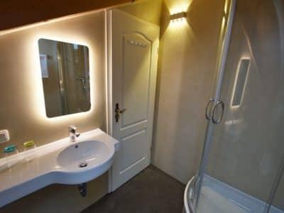 Neue Badezimmer Dachgeschoss